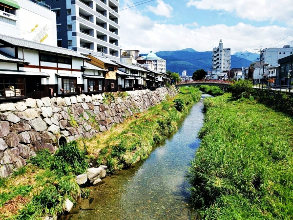 Discover Matsumoto Part 2: City of spring water, crafts, and bars