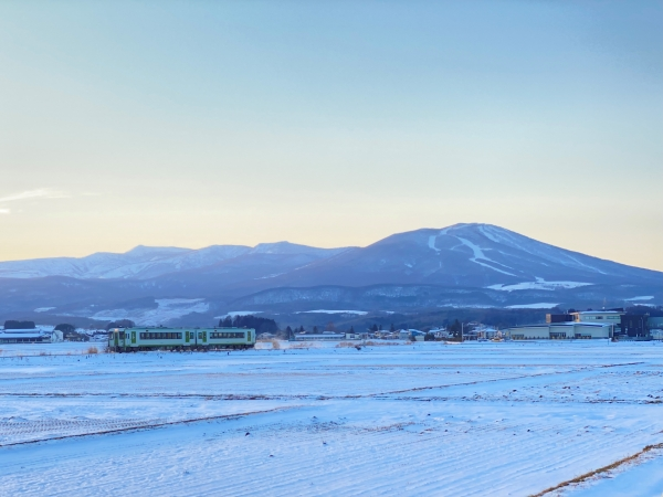 Snowy wonderlands: Tohoku's local lines in winter